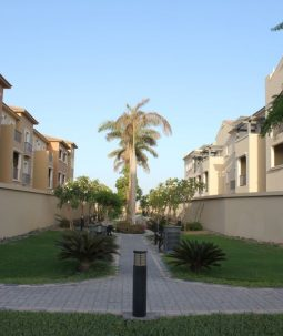 Spacious Studio In Al Waha Springs